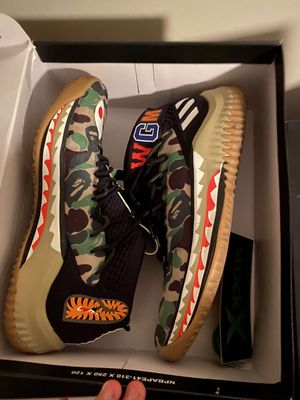 Dame bape 4 size 8 for Sale in Westerville, OH