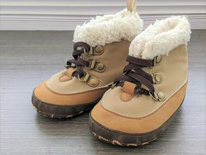 Boys - Baby B'Gosh Shoes - Size 2 for Sale in Vista, CA