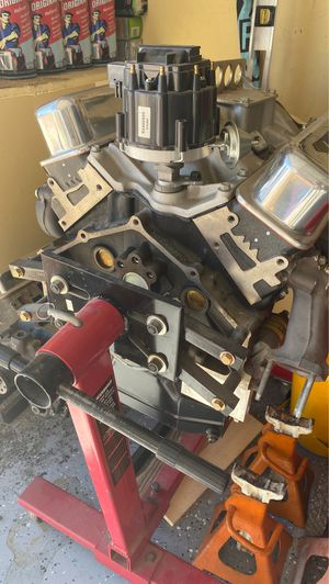Chevy small block V8 new engine $2500 for Sale in Las Vegas, NV