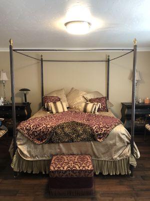King Bed Frame & Blanket Set for Sale in Yorba Linda, CA