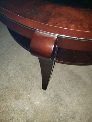 Round coffee table with glass for Sale in Chicago, IL