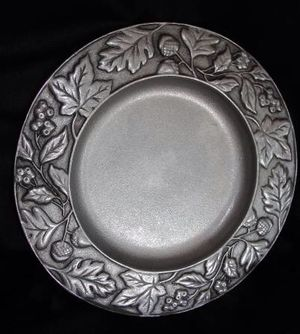 "Longaberger Falling Leaves & Acorns 8"" Pewter Candle Plate 2001. Nice detail on this round plate measuring 8 3/8"". This is called a 'salad plate', ho for Sale in Bristol, PA"