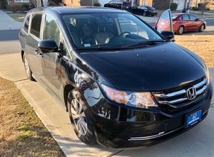 HONDA ODYSSEY 2016 EXL, 33,200 miles, w: FULL entertainment DVD player system and original Honda All Weather Mats for Sale in Gastonia, NC