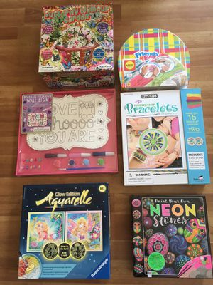 Lot of NEW Arts & Craft Kits for Sale in Imperial Beach, CA