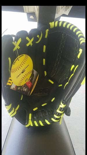 "Fastpitch softball glove, 12 1/2"" for Sale in Norwalk, CA"
