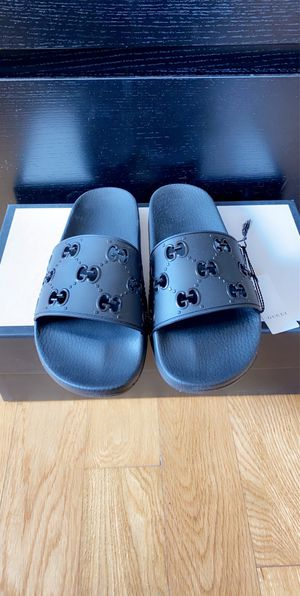 Gucci Slides for Sale in Burbank, CA