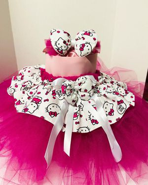 Hello kitty tutu and headband for Sale in Los Angeles, CA
