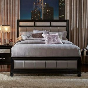 Barzini queen bed for Sale in Sandy Springs, GA