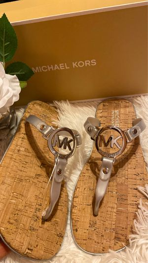 Michael Kors Charm Jelly Silver Sandals 6M for Sale in Visalia, CA