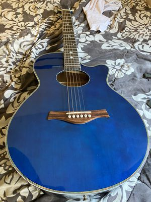 Very nice acoustic guitar for Sale in Garden Grove, CA