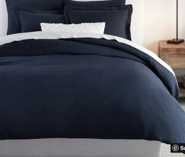 Pottery Barn King/California King Belgian Flax Linen Midnight Blue Duvet Cover and Two Euro Shams NWTs Retail $479 *Reduced