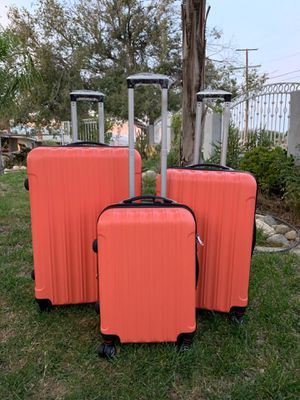 NEW expandable luggage set for Sale in Los Angeles, CA
