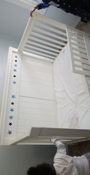 Crib/toodler/full size bed for Sale in Upper Darby, PA