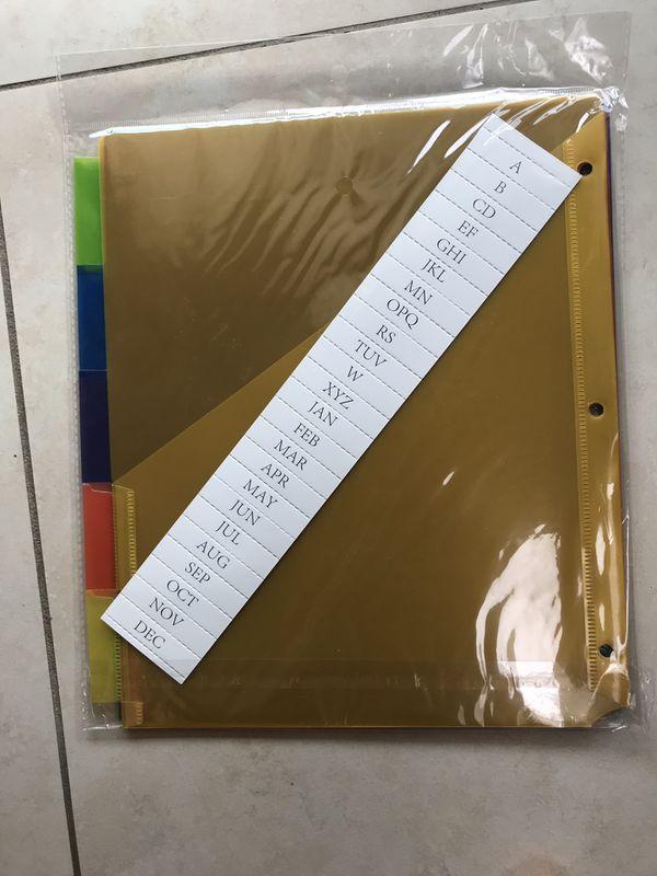 Pocket dividers for binders