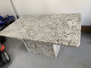 """Kitchen granted table 60"""" long. 36"""" wide 29"""" tall for Sale in Sterling Heights, MI"""
