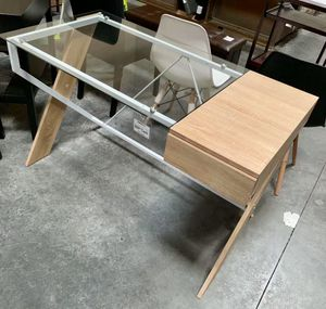 New in box 48x24x30 inches tall modern contemporary style conputer desk with glass top and drawer for Sale in Whittier, CA