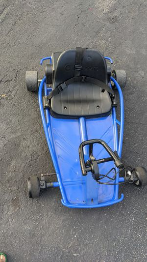 Razor sit down go kart for Sale in North Miami Beach, FL