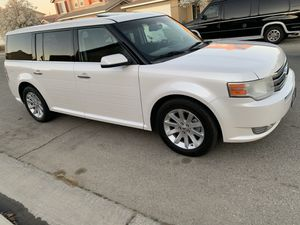 2011 FORD FLEX SEL for Sale in Bakersfield, CA