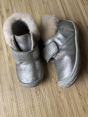 Ugg Toddler Girl Boots Jorgen size 7 for Sale in Kirkland, WA