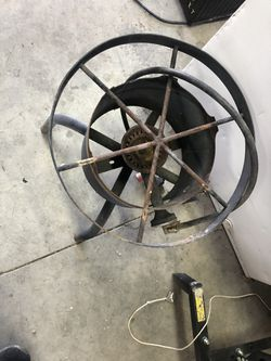 Propane fire stand for big pot or??? for Sale in Prineville,  OR