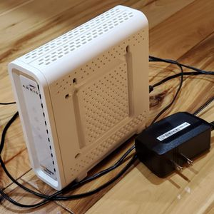Cable Modem for FAST internet! (1.4Gbps ethernet port) Great condition! for Sale in Midvale, UT
