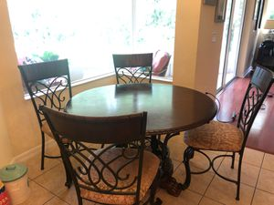 Round Breakfast Table and Four Chairs for Sale in Tampa, FL