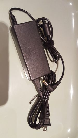 💯🆕️Toshiba Satellite laptop adapter 19V 3.42A AC Charger power cord, fits for most Satellite model laptop. for Sale in Long Beach, CA