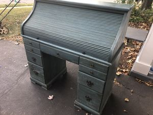 Antique Desk for Sale in Chantilly, VA