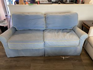 LoveSeat full size pull out sofa for Sale in Lubbock, TX