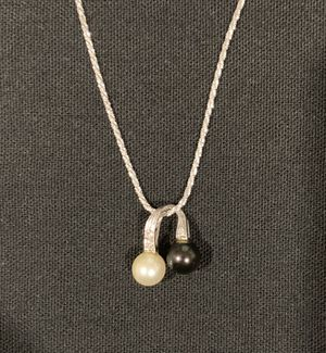 14K Gold Tahitian Akoya Pearl with Diamond Accents Slide on Chain and Matching Earrings for Sale in Long Beach, CA