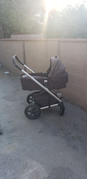 NUNA MIxx 2 SUITED edtion STROLLER WITH BASSINET No stroller seat for Sale in El Monte, CA