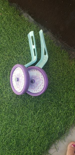 Training wheels for Sale in North Las Vegas, NV