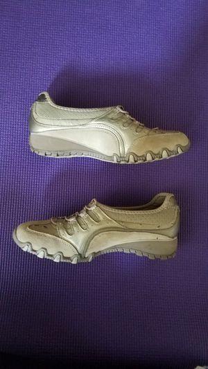 Sketchers Shoes- Sz 6.5 Beige for Sale in Modesto, CA