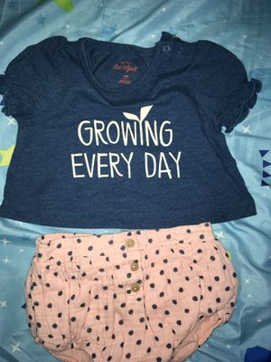 Lots of baby girl clothes and outfits for Sale in Pomona, CA
