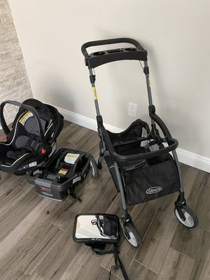 Graco stroller and carseat ( travel system) for Sale in South Gate, CA