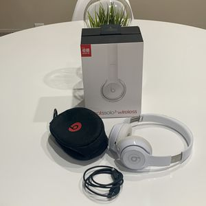 Beats Solo 3 Wireless Bluetooth White Headphones for Sale in CORNWALL Borough, PA