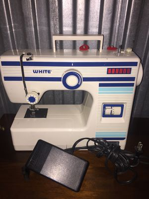 White sewing machine for Sale in Hyattsville, MD