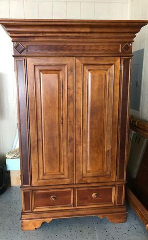 Entertainment cabinet for Sale in Moore, SC
