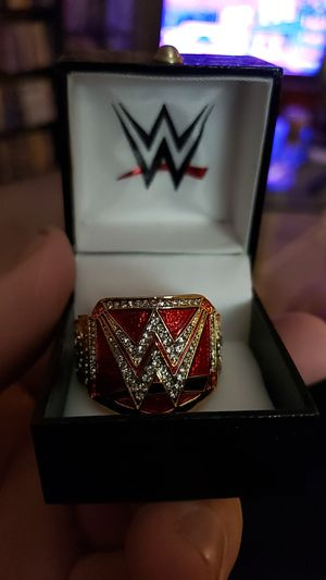 WWE UNIVERSAL CHAMPIONSHIP FINGER RING for Sale in Los Alamitos, CA
