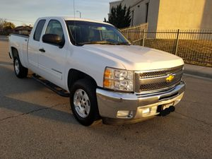 2012 Chevy Silverado, 4dr LT... Clean title.. for Sale in Palmdale, CA
