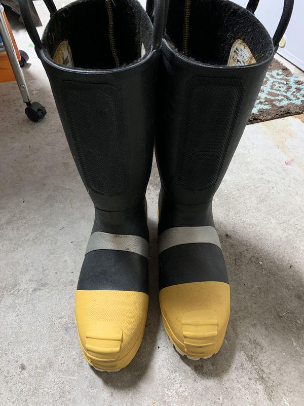 Men's fire boots size 10