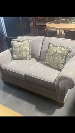 Couch for Sale in Norcross,  GA