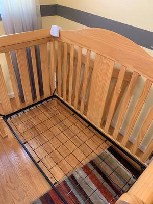 Baby Crib/ Toddler bed for Sale in Castro Valley, CA