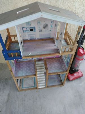 Dollhouse for Sale in Norwalk, CA