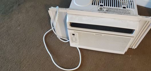 Toshiba Air Conditioner window unit for Sale in Evergreen,  CO