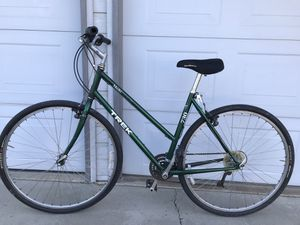 "Woman's bike. Trek 20"" for Sale in Fresno, CA"