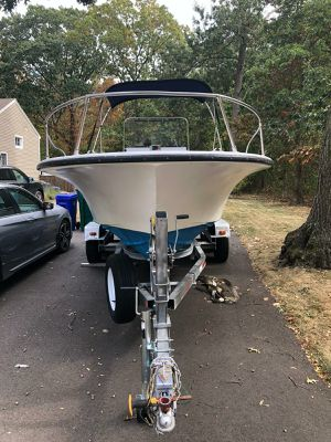 20ft Center console boat for Sale in South Attleboro, MA