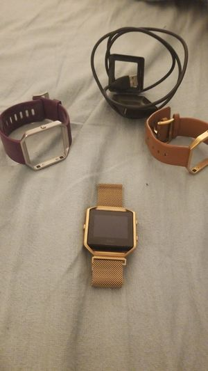 Fitbit Blaze with 2 extra bands for Sale in Alexandria, VA