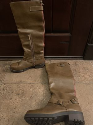 Brown boots size 9 for Sale in Grand Prairie, TX