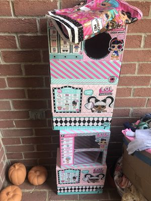 5 L.O.L doll boxes and table cover to use for birthday snacks for Sale in Houston, TX